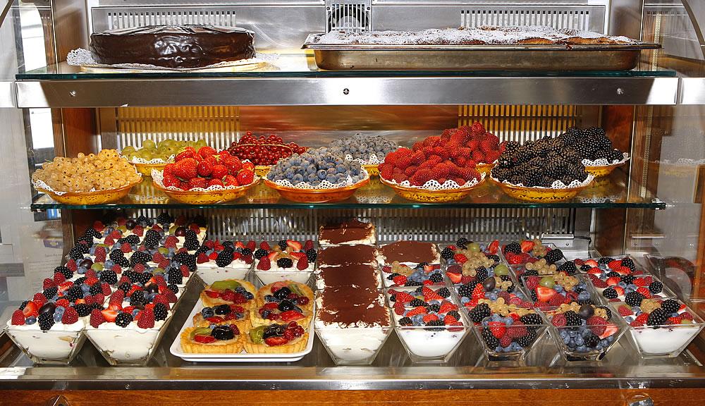 Specialit 224 Cafe Bar Pasticceria Mozart Selva Val Gardena